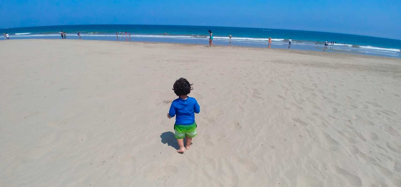 peruvian-shades-blog-viajero-viajar-playa-con-ninos