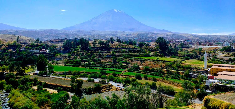 peruvian-shades-excursion-arequipa-tour-campina-arequipena-2