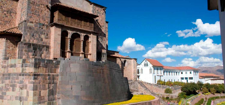 peruvian-shades-excursion-cusco-city-tour-tuinas-aledanas-1