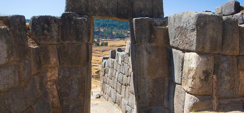 peruvian-shades-excursion-cusco-city-tour-tuinas-aledanas-2