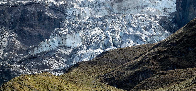 peruvian-shades-excursion-cusco-excursion-laguna-humantay-1