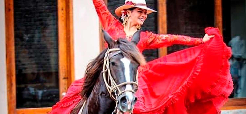 peruvian-shades-excursion-lima-tour-pachacamac-caballos-de-paso-3