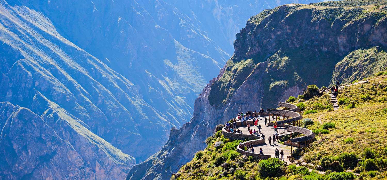 peruvian-shades-paquetes-arequipa-arequipa-colca-explorer-3