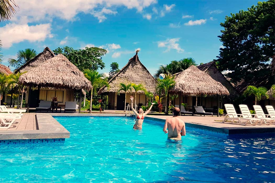 IRAPAY AMAZON LODGE IQUITOS, PERU-PERUVIAN SHADES