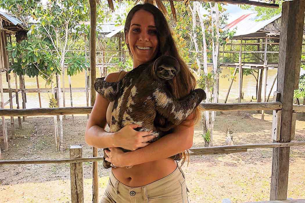 IRAPAY AMAZON LODGE OSO PEREZOSO - IQUITOS - PERU- PERUVIAN SHADES