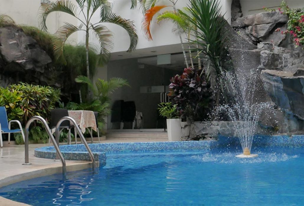 Pisicna-dorado-hotel-iquitos-peru-peruvian-shades