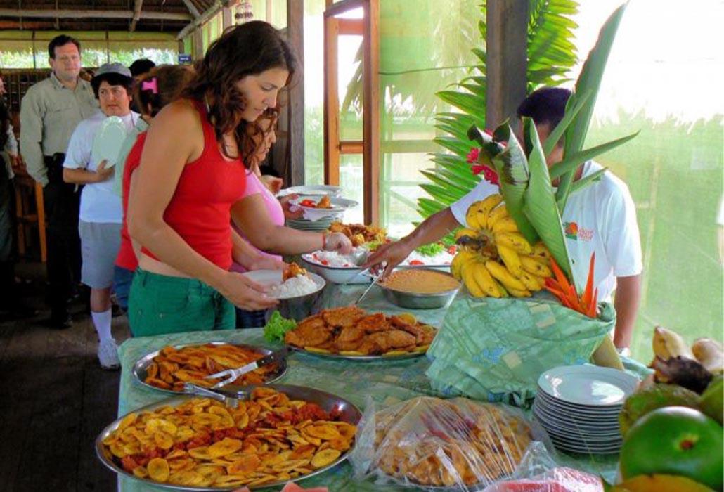 SINCHICUY LODGE IQUITOS - PERU - PERUVIAN-SHADES