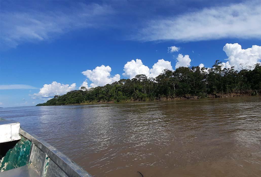 RIO AMAZONAS - IQUITOS - PERU - PERUVIAN SHADES